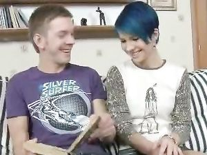 Fucking His Clute Blue Haired Teen Girlfriend