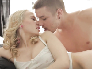 Hardcore With An Incredibly Hot Young Blonde