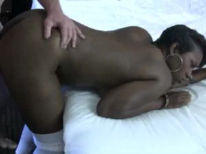 Hardcore In A Classy Hotel With A Thick Black Chick
